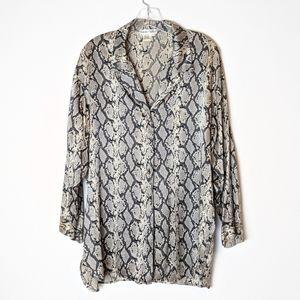 WinterSilks 100% silk snake button up blouse
